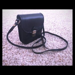 Handbags - Italian design black real leather bag